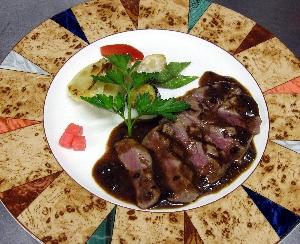 牛フィレ肉のトリュフソース